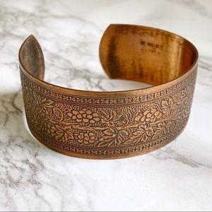 🎉5/20 SALE🎉 vintage etched copper cuff bracelet